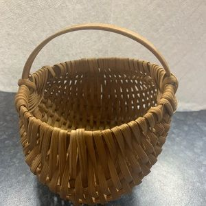 "Small Brown Woven Basket 6"" High 5"" x 7"""